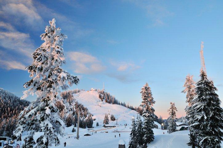 Grouse Mountain at spring ski season
